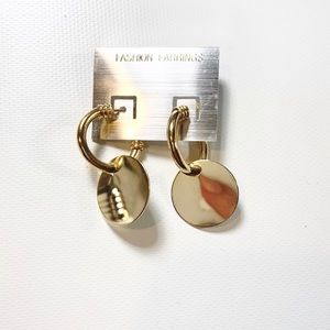 Jewelry - Gold Round Earrings New With Tags NWT